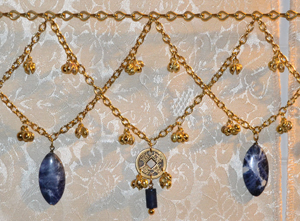 dancing-belt-sodalite