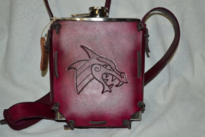 KB23-leather-Tooled-Flask-Holder-bloodred