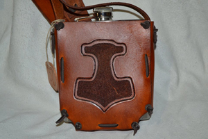 KB3-leather-Tooled-Flask-Holder-saddletan